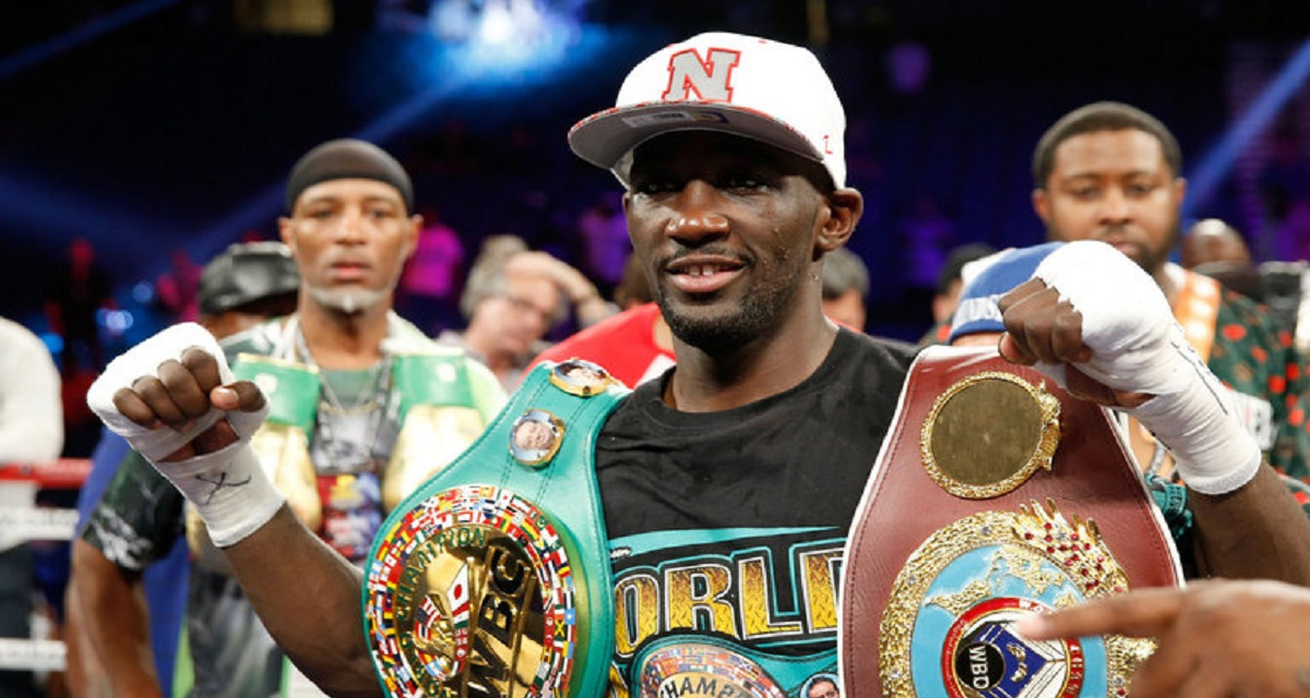 Crawford dominates Postol to become unified super-lightweight champion