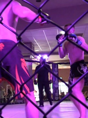 Watch: Alan Zimmy vs Sean McConnell - Cage Warriors Academy Ireland 3 -