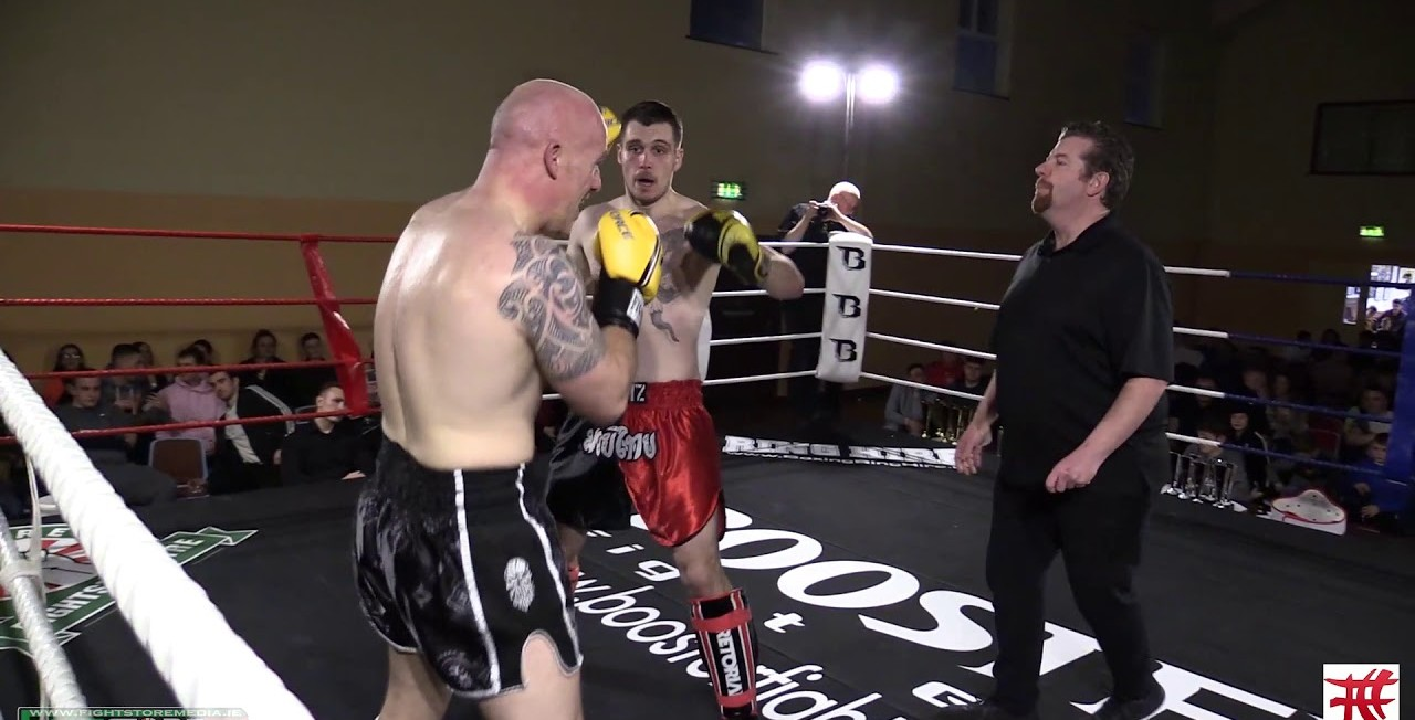 Watch: Gavin Weston vs Rob Harrison - Fight Club Circus 2