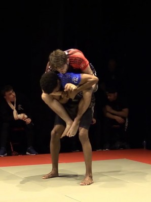 Watch: Denis Frimpong vs Nicholas Donnelly - Grapple Kings 5